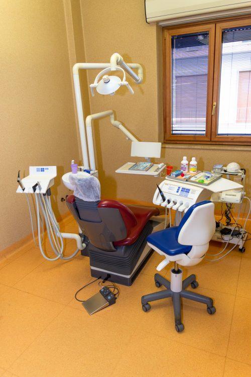 Lo Studio - Dentisti Cacciola - 1